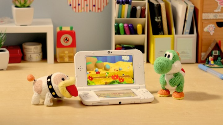 Poochy and Yoshi with Nintendo 3DS