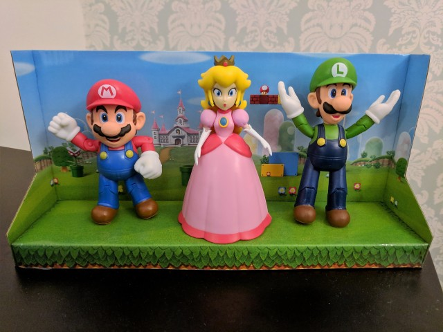 World of Nintendo Mushroom Kingdom Pack - Mario, Yoshi, Princess Peach